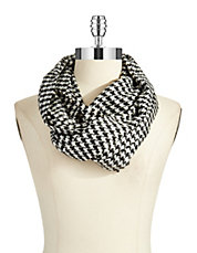 Houndstooth Loop Scarf