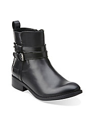 Pita Austin Leather Ankle Boots