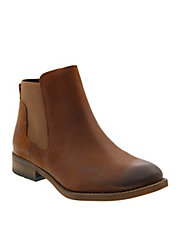 Leather Double-Gore Chelsea Boots