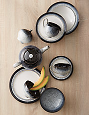 Halo Dinnerware Collection