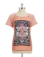 Printed Tee with Necklace