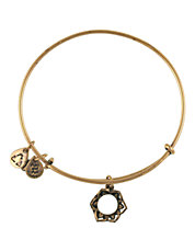 Queens Crown Charm Bangle