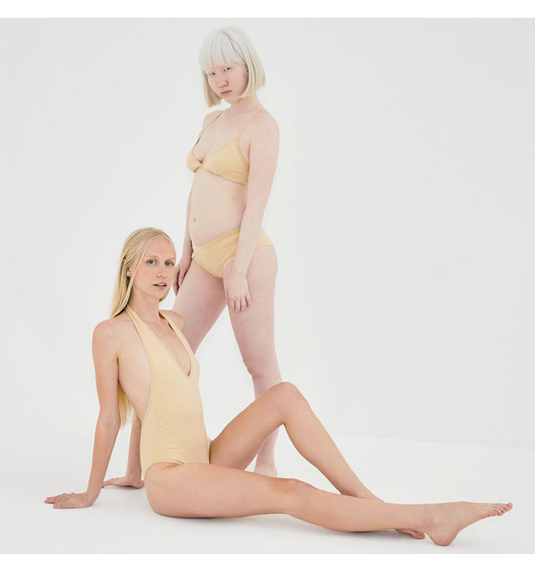 nude 9 Two Women