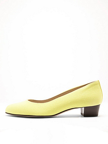 Bright Leslie Pump Canvas Shoe