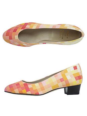 Coral Pixel Print Leslie Pump Canvas Shoe