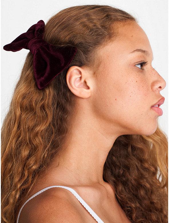 Velvet Bow Hair Clip