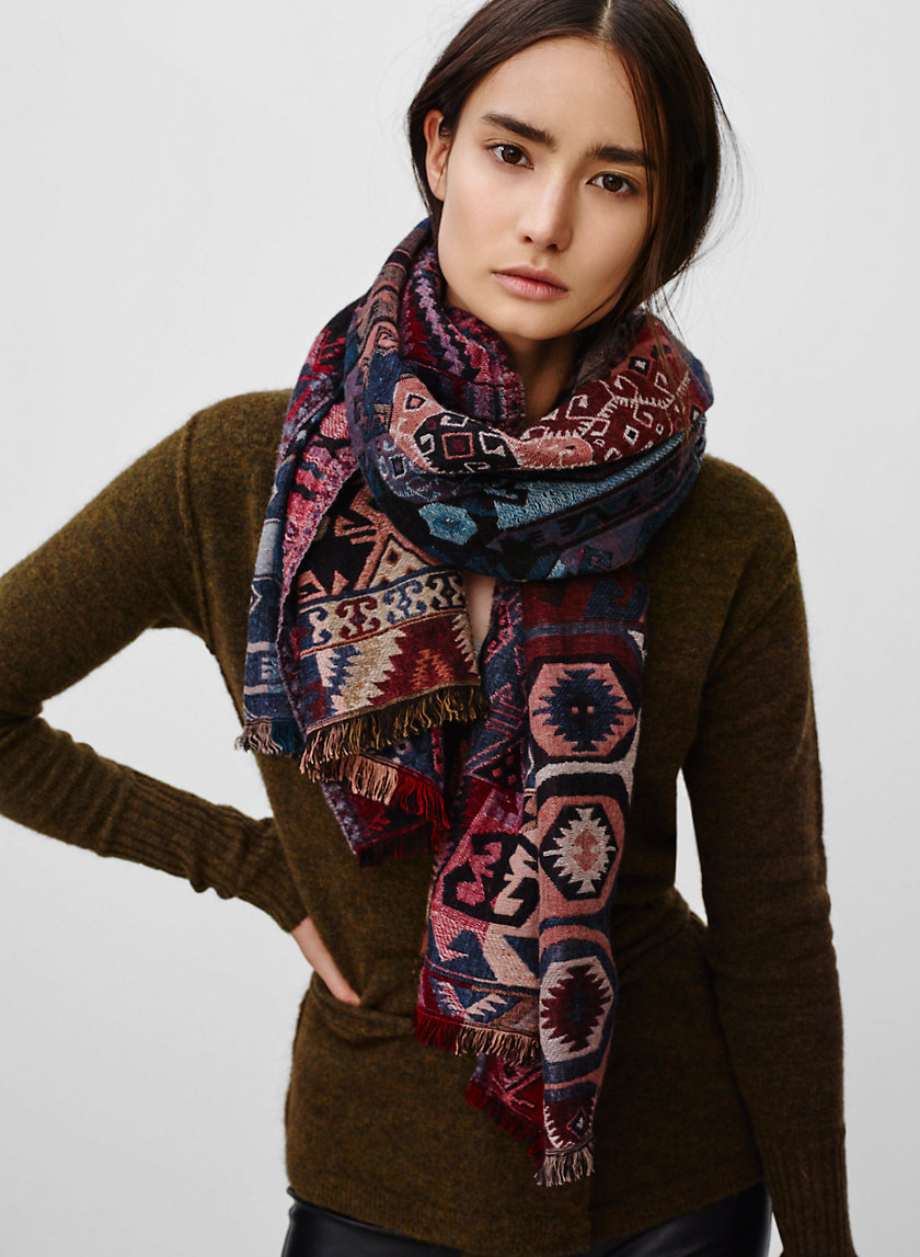 Wilfred TAPESTRY RECTANGLE | Aritzia