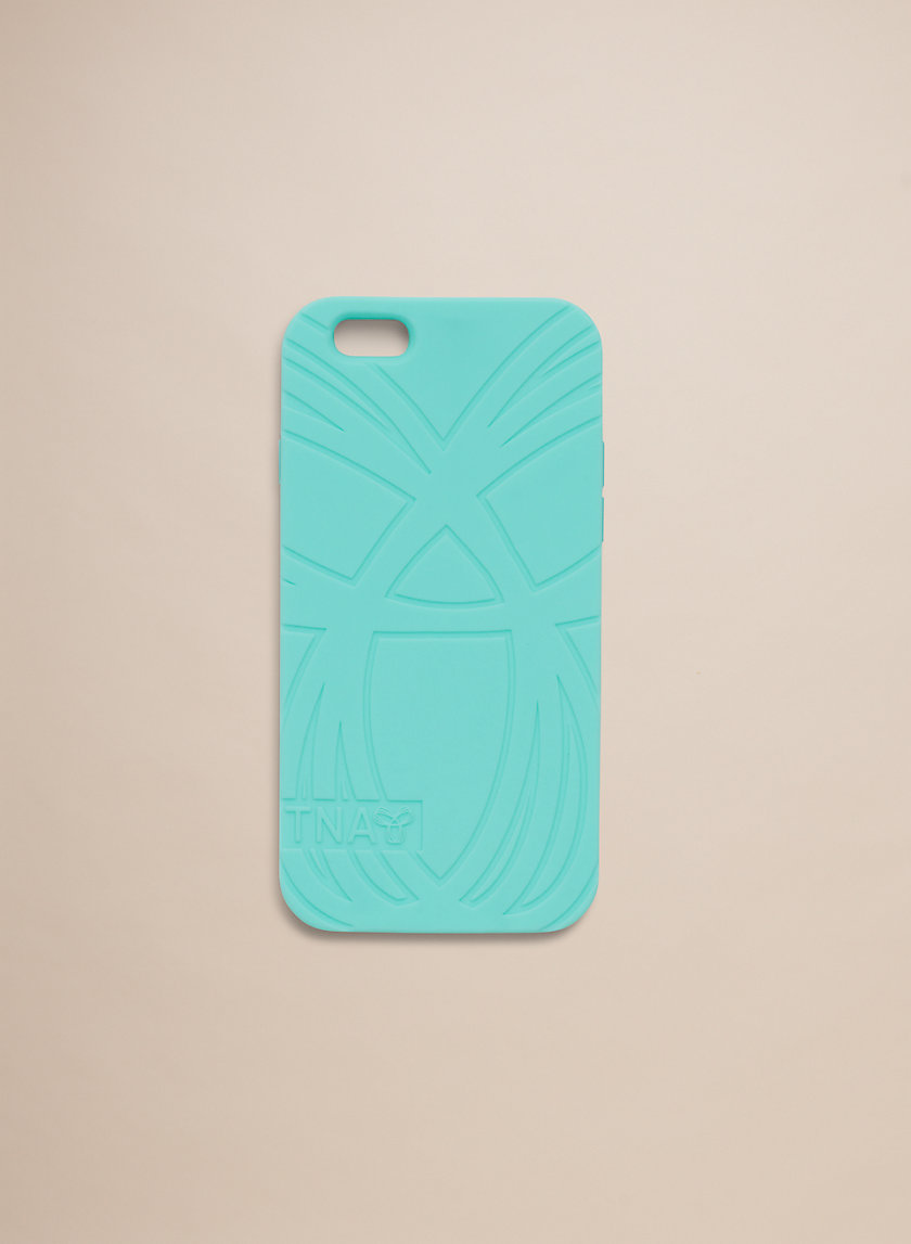 Tna SOFT SILICONE IPHONE 6 | Aritzia