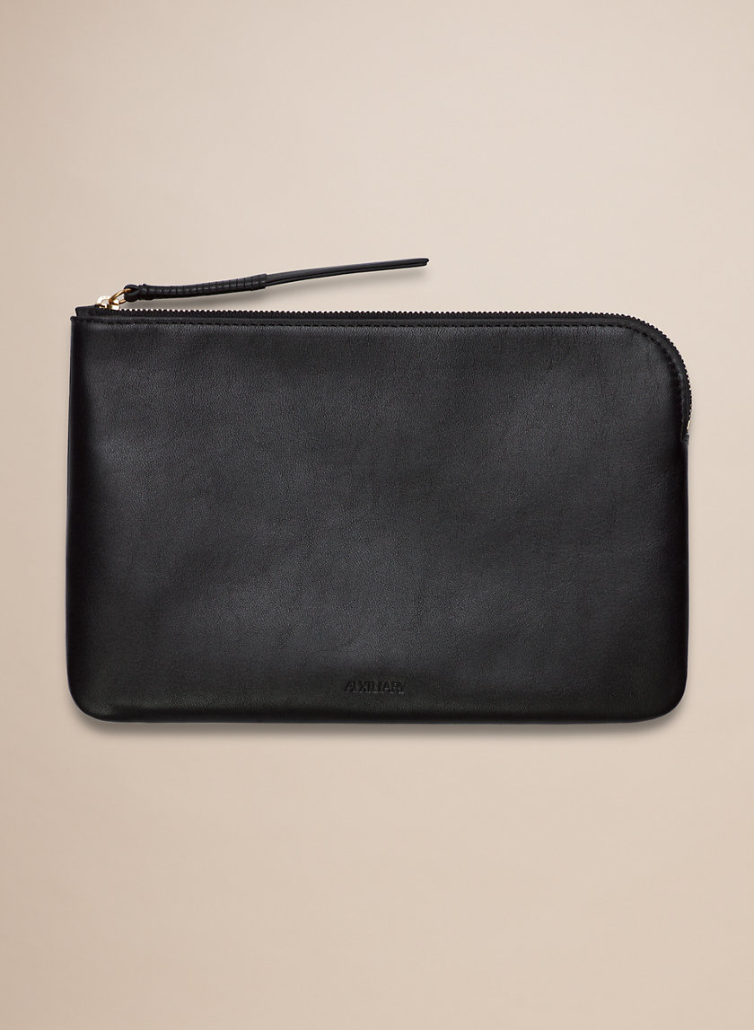Auxiliary OLIS POUCH LARGE | Aritzia