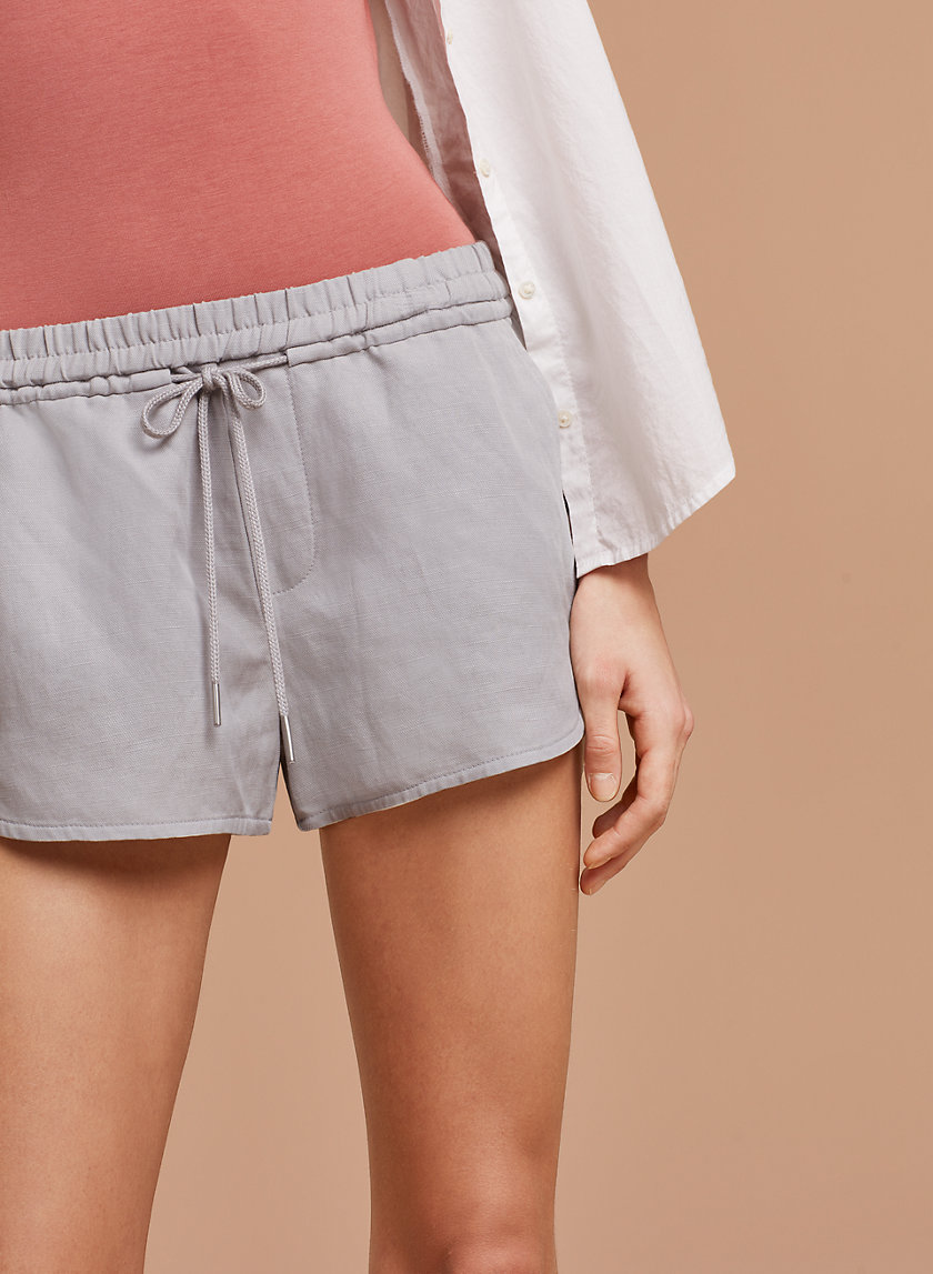 Community HABITUS SHORT | Aritzia