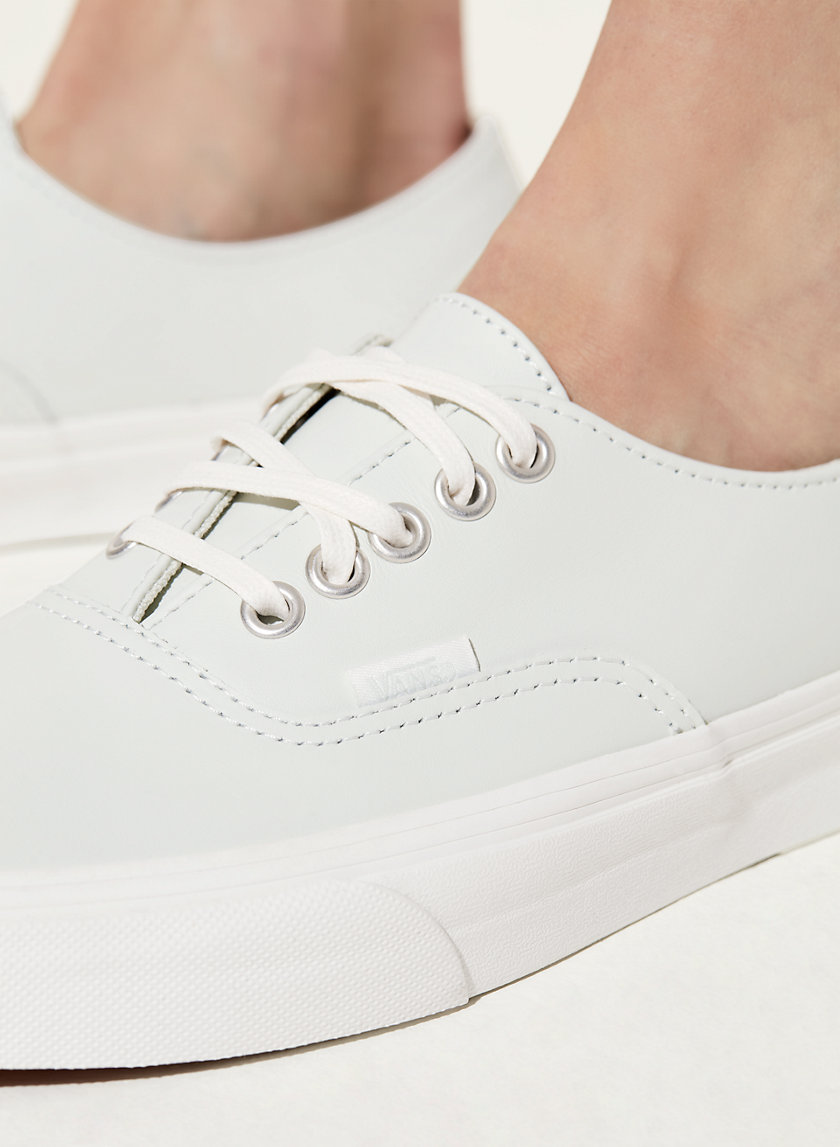 Vans AUTHENTIC LEATHER SNEA | Aritzia