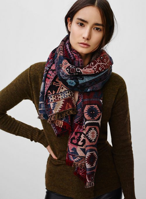 TAPESTRY RECTANGLE | Aritzia