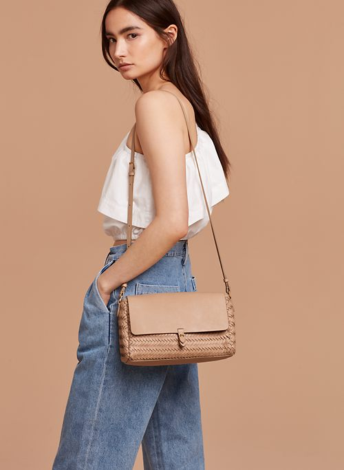 LIGUE  CROSSBODY | Aritzia