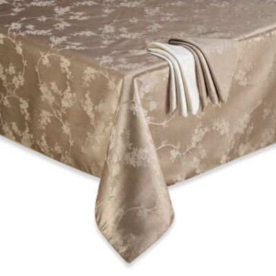 Regency 70-Inch Round Tablecloth in White
