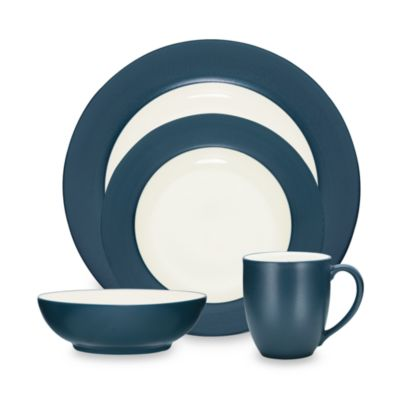 Noritake Colorwave Blue Rim 4-Piece Place Setting