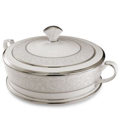 Noritake® Silver Palace 64-Ounce Covered Vegetable Dish