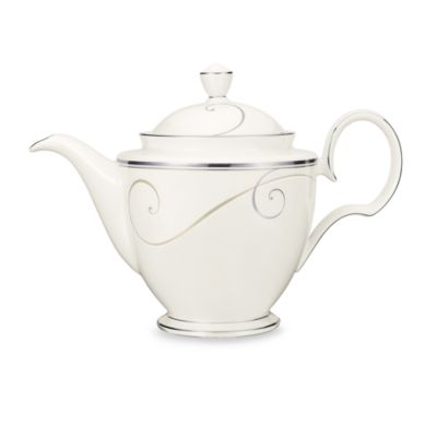 Noritake® Platinum Wave Coffee Server