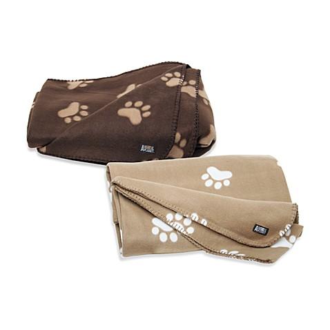 Animal planettm fleece pet blanket bed bath beyond for Animal planet dog blanket