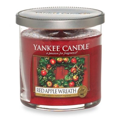 Red Apple Wreath™ Tumbler Candle
