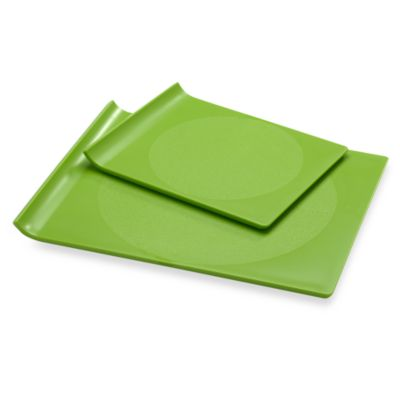 Preserve® Plastic Cutting Board in Apple Green