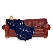 MLB New York Yankees Comfy Throw™ Blanket with Sleeves
