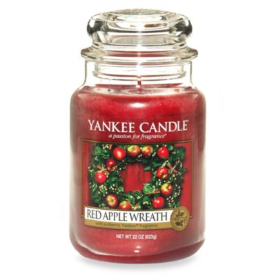 Yankee Candle® Housewarmer® Red Apple Wreath™ Large Classic Candle Jar