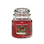 Yankee Candle® Housewarmer® Red Apple Wreath® Medium Classic Candle Jar