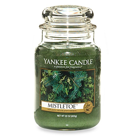 Yankee Candle® Housewarmer® Mistletoe™ Candles