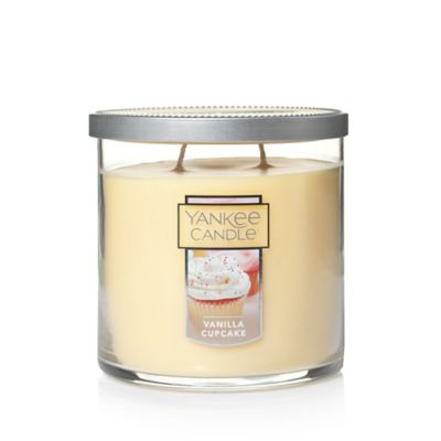 Yankee Candle® Housewarmer® Vanilla Cupcake Medium Lidded Candle Tumbler