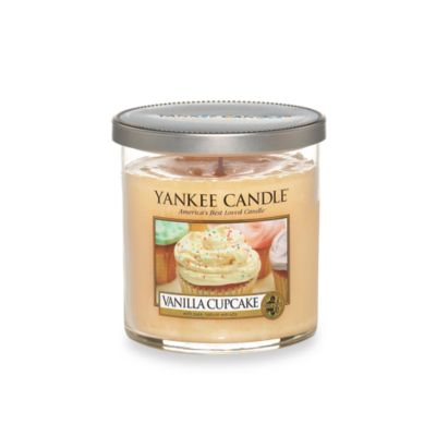 Yankee Candle® Housewarmer® Vanilla Cupcake Small Lidded Candle Tumbler