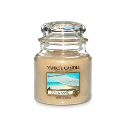 Yankee Candle® Housewarmer® Sun & Sand™ Medium Classic Candle Jar
