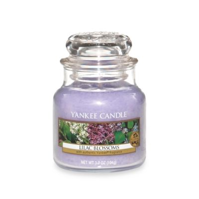 Yankee Candle® Housewarmer® Lilac Blossoms Small Classic Candle Jar