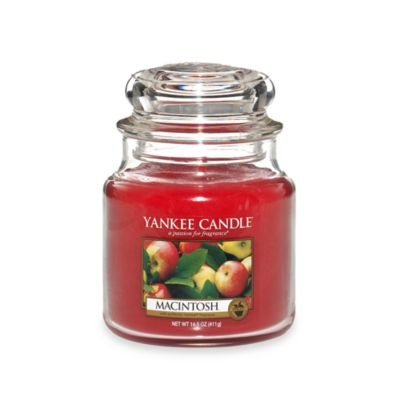 Yankee Candle® Housewarmer® Macintosh Medium Classic Candle Jar
