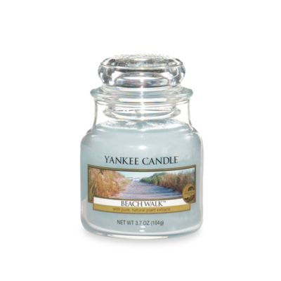 Yankee Candle® Housewarmer® Beach Walk™ Small Classic Jar Candle
