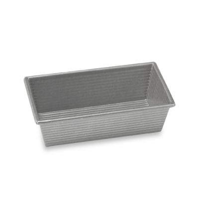 USA Pan Non-Stick 8 1/2-Inch x 4 1/2-Inch Loaf Pan
