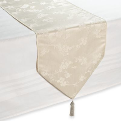 Regency White Table Runner