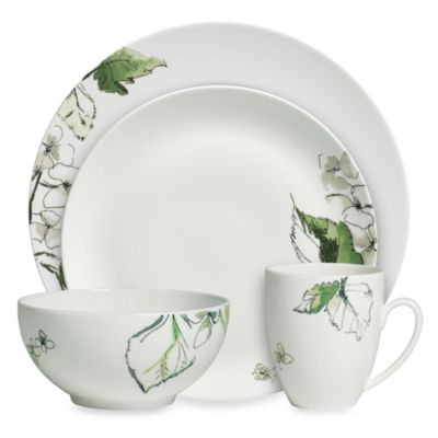 Vera Wang Wedgwood® Floral Leaf 4-Piece Dinnerware Place Setting