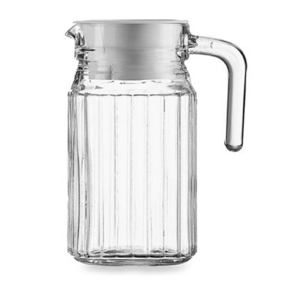Lum in arc® Quadro 16 3/4-Ounce Pitcher