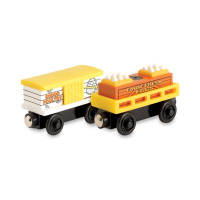 Thomas & Friends® Wooden Theme Cars in 2-Piece Chicken and Dairy Cars