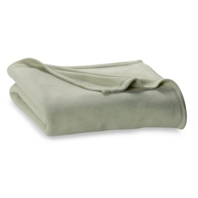 Berkshire Blanket® Original Full/Queen Fleece Blanket in Apple Green