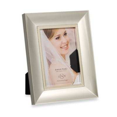 Lenox® Jubilee Pearl 5-foot x 7-foot Silver Plated Frame