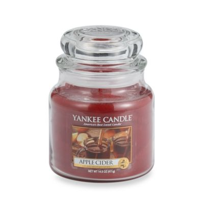Yankee Candle® Housewarmer® Apple Cider Medium Classic Jar Candle