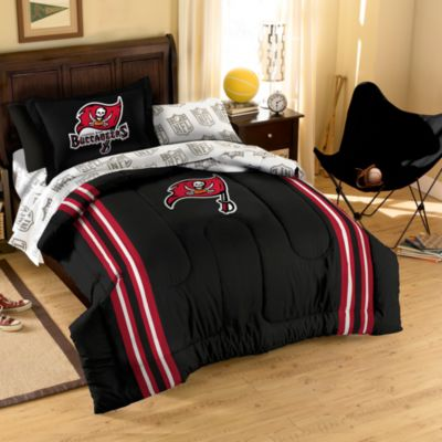 NFL Tampa Bay Buccaneers Complete Full Bed Ensemble