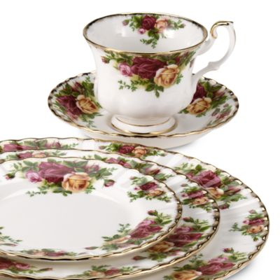Royal Albert 8-Inch Salad Plate in Old Country Roses