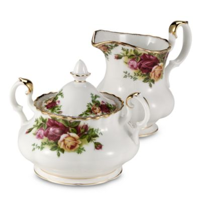 Royal Albert Sugar Bowl in Old Country Roses