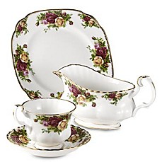 Royal Albert Boxed Tea Set in Old Country Roses