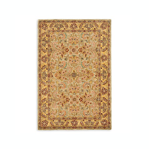 Safavieh Classic Light Green and Gold 4' x 6' Wool Room Size Rug