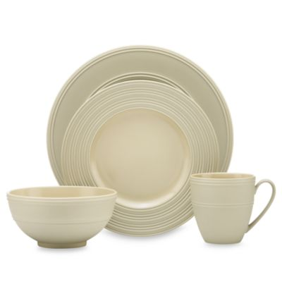 kate spade new york Fair Harbor Pistachio 4-Piece Dinnerware Set