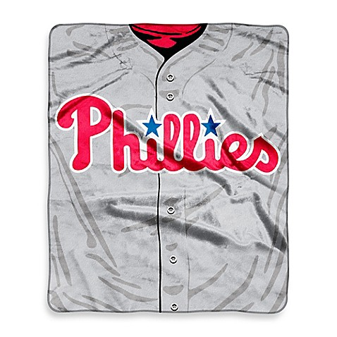 MLB Philadelphia Phillies Retro Raschel Throw Blanket