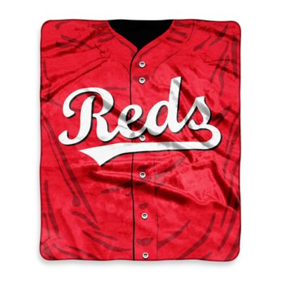 MLB Cincinnati Reds Retro Raschel Throw Blanket